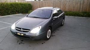 Cheap car low km 152km 2002 citroen c5 5 month rego Glenroy Moreland Area Preview