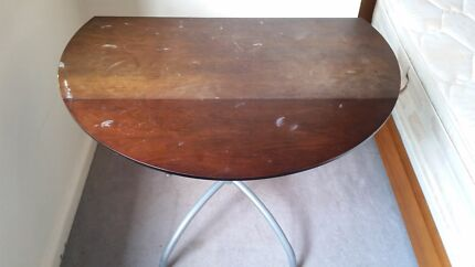 Free pick-up: round wooden table with collapsible edges.  Rose Bay Eastern Suburbs Preview