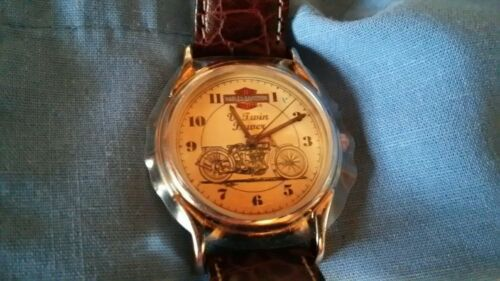 harley davidson oil can v-twin power wrist watch gift collectible. with can