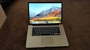 2015 MacBook Pro 15 inch Retina 2.2GHz i-7 CPU 16GB RAM 256GB SSD