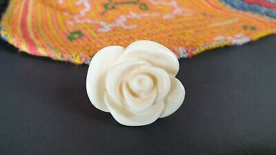 Vintage White Rose Costume Ring …beautiful accent piece