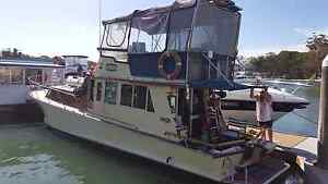 Flybridge Cruiser. 1987 Sandstone Point Caboolture Area Preview