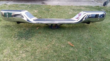 Toyota Hilux SR5 / SR Rear Bumper Bar and Toyota Towbar