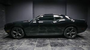 2014 Dodge Challenger SXT LEATHER! SUNROOF! PADDLE SHIFTERS!...