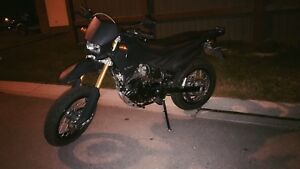 2009 Ksm200 Supermoto LOW KM