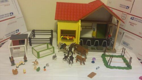 Schleich Farm Animal Lot Barn Coop Corral Horse Cow Rabbit Chicken Assortment
