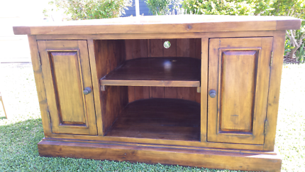 TV and Multimedia corner cabinet