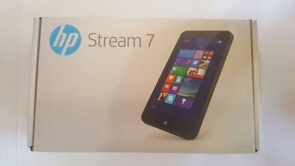 "Brand new HP 7"" inch quad core 32GB Windows 8.1 tablet"