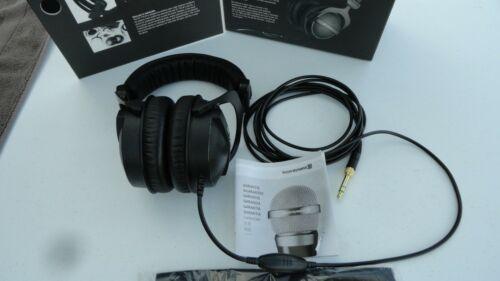 beyerdynamic DT 770 Pro 80 Ohms Closed Studio Headphones