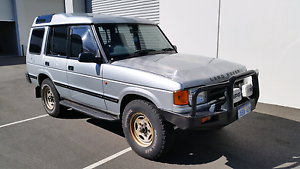 1997 Land Rover Discovery Wagon v8 manual Willagee Melville Area Preview
