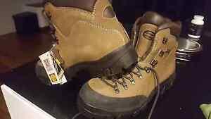 Zamberlan goretex boots Charnwood Belconnen Area Preview