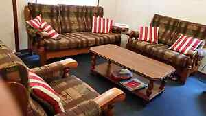For sale lounge set Doonside Blacktown Area Preview