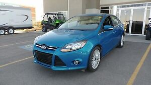 2014 Ford Focus Titanium FULL LOAD!