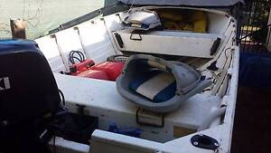 STACER 4.2 METRE WITH NEAR NEW 40HP SUZUKI OUTBOARD Durack Palmerston Area Preview