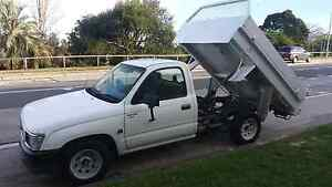 Immaculate 1998 toyota hilux 3 with tipper and heavy duty tray Chester Hill Bankstown Area Preview
