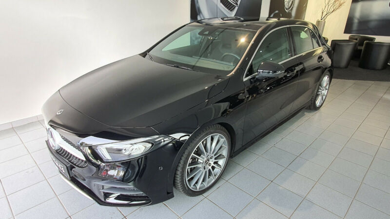 Mercedes-Benz A 250 AMG/Pano/Ambiente