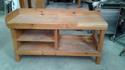 Timber Workbench + Optional Vice
