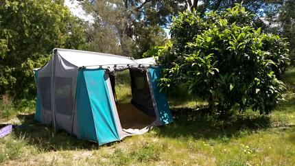 JACKEROO TENT & Jackeroo family screen tent | Camping u0026 Hiking | Gumtree Australia ...