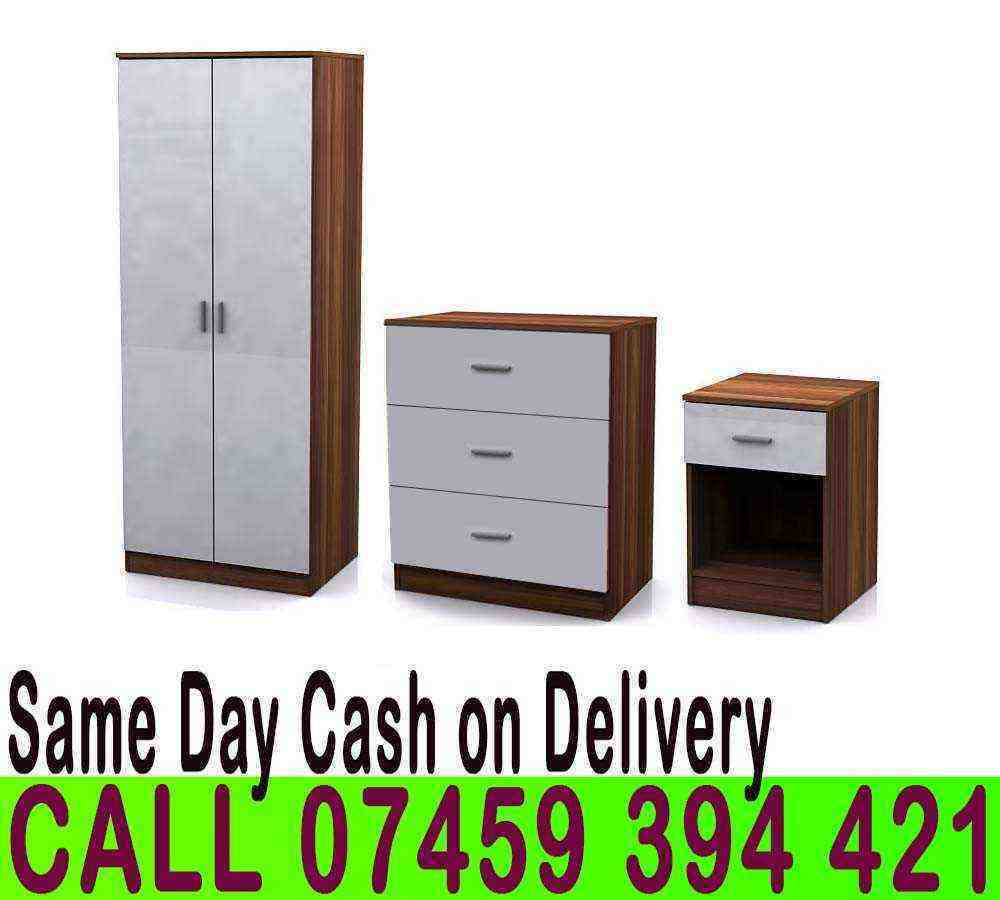 BRAND NEW 2 Door wardrobe Gloss Setin Old Street, LondonGumtree - CA.LL 07459394421 V.I.S.I.T OUR S.T.O.R.E THE SET INCLUDES 2 door wardrobe with top shelf and hanging rail 4 drawer chest Bedside table DIMENSIONS Wardrobe 181(H) x 76(W) x 47(D) Chest of drawers 69(H) x 60(W) x 40(D) Bedside 47(H) x 45(W) x 37(D)...