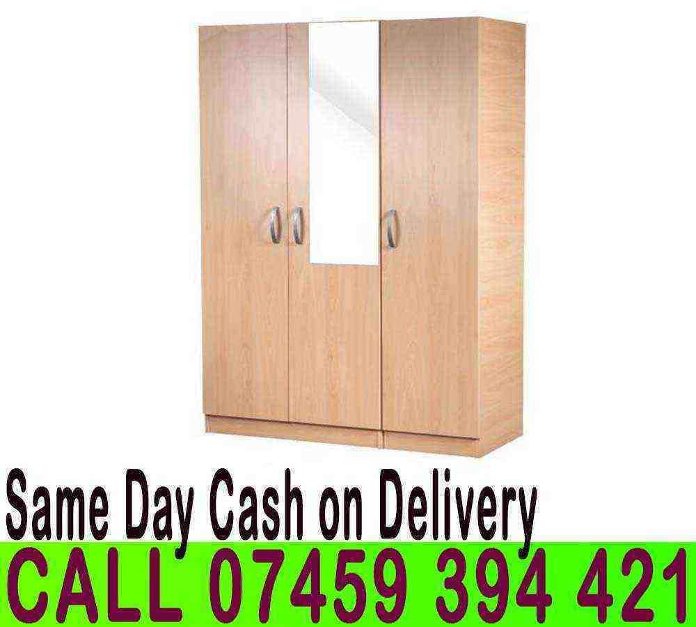 A READY BUILT 3 DOOR WARDROBE WITH SHELVE HANGING RAIL PRE ASSEMLBEDin Hackney, LondonGumtree - CALL 07459394421 VISIT OUR SHOW.ROOM CONDITION Brand New ASSEMBLY REQUIRED No (Ready To Use) Dimensions Width 114cm x Depth 46cm x Height 183cm PRICES 3 Door Plain £119 3 Door with Mirror £129 3 Door with 2 Drawers £139 3 Door with Mirror Drawers...