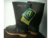 Aigle Chambord Pro Ladies size 6.5UK/39 EU Wellingtons - new with tags