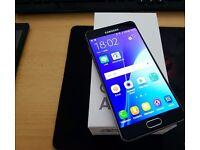 Samsung galaxy A5 2017 phone. 32GB, Unlocked.
