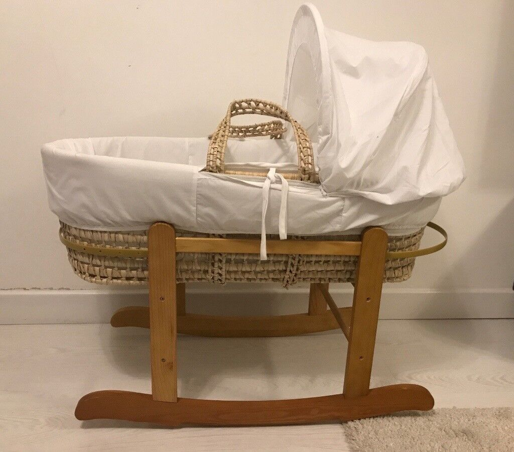 Kinder valley moses basket with stand