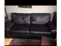 BLACK LEATHER 2 SEATER SOFA, CAN DELIVER 10 MILES OF CLACTON