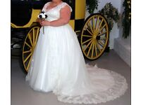 Size 24 Wedding Dress - Beautiful Lace and Silver Thread
