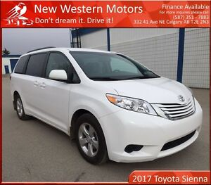 2017 Toyota Sienna LE 8 Passenger! JUST ARRIVED! LIKE NEW! BCAM!