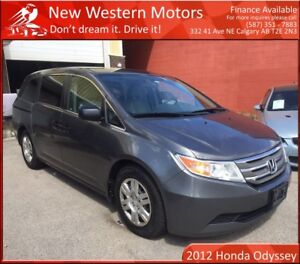 2012 Honda Odyssey LX VERY LOW KM! 3RD ROW SEATS!