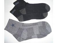Mens On One Sports Running Short Socks. 1 Grey pair, & 1 Black pair. Size 3-9