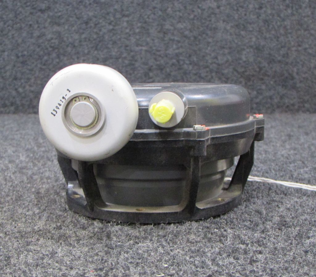 130310-2 Airesearch Valve Assy