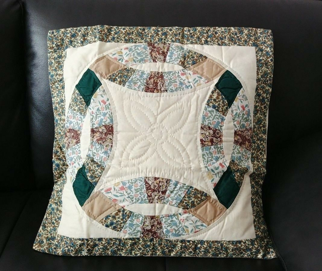 """18""""x18"""" Wedding Ring Quilt Throw Pillow Cover Set of 2"""
