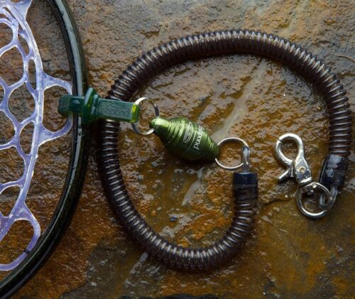 FISHPOND CONFLUENCE FLY FISHING NET RELEASE - MAGNETIC ATTACHMENT W/ RETRACTOR