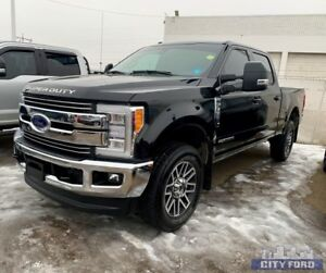 2018 Ford Super Duty F-350 SRW LARIAT 4x4 Crew Cab 8' Box