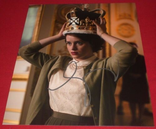 CLAIRE FOY SIGNED THE CROWN QUEEN ELIZABETH STILL 8X10 PHOTO AUTOGRAPH COA