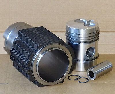 Kolben + Kolbenringe + Laufbuchse für Deutz FL514 84R Motor Traktor F2L514 514