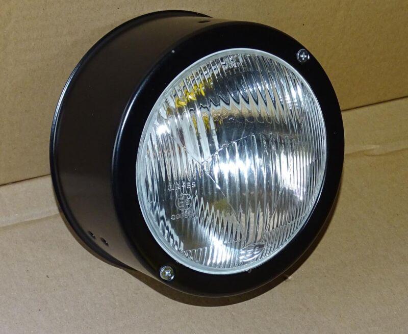 Scheinwerfer Stahlgehäuse für Deutz 2506 3006 4006 5006 7206 Einbauscheinwerfer Foto 1