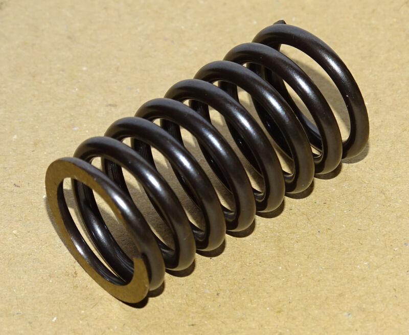 Feder für Einspritzpumpe für Deutz F1L612 - F2L612 FL 612 Traktor Pumpenfeder Foto 1