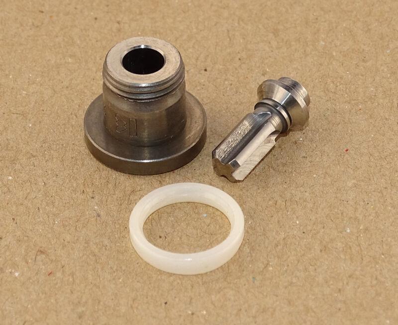 Druckventil Pumpenventil + Dichtring für Lanz D1616 2016 2416 2816 1706 2206 Foto 1