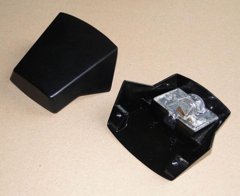 Leuchte Kennzeichenleuchte für Deutz D30 D40 D55 4005 5005 5505 6005 8005Traktor Foto 1