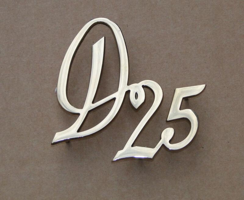 Messing Emblem D15 - Schriftzug für Deutz D15 F1L712 Traktor Schlepper  Foto 1