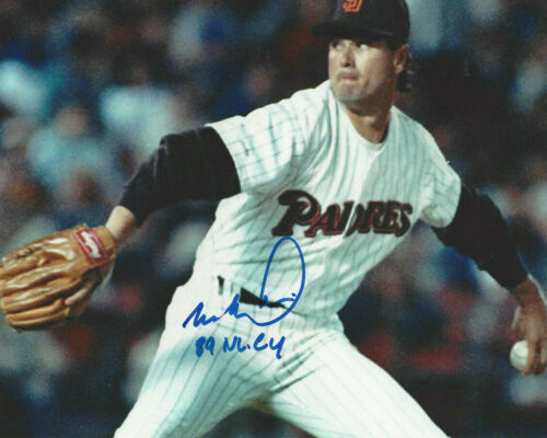 San Diego Padres Mark Davis autographed 8x10 color  action photo  89 NL CY added