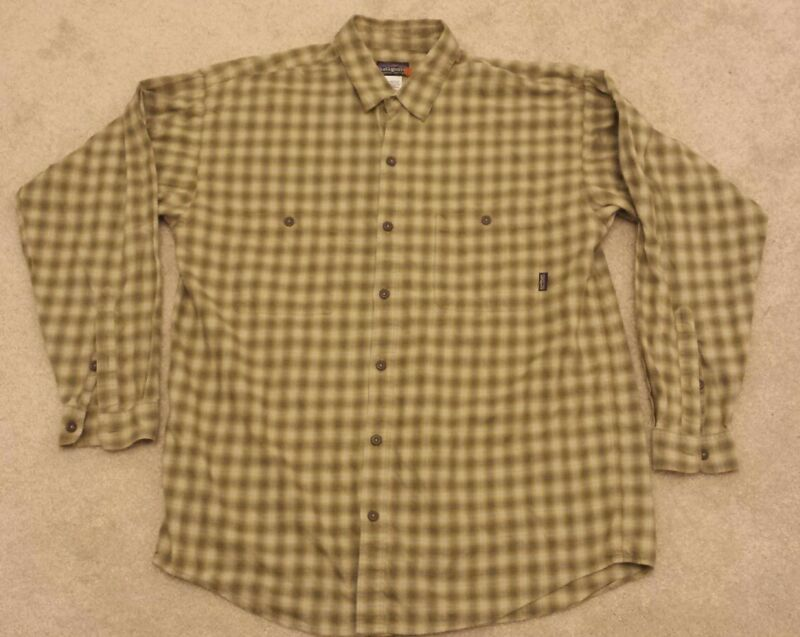 Patagonia Organic Cotton GREEN Plaid Long Sleeve Button Down Shirt LARGE