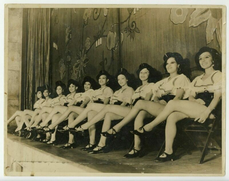 Black Vaudeville 1930 Showgirls 11x14 Photo African American Theater Burlesque