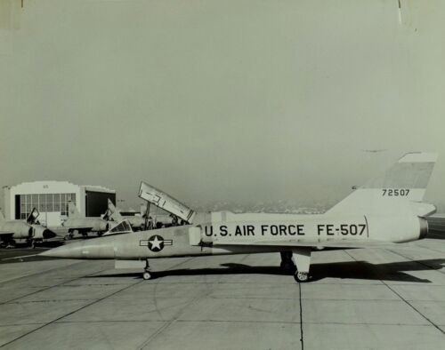 "Vintage Original Convair F-106B Co Delta U.S. Military 8"" X 10"" Photo Scarce! C1"