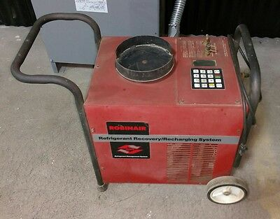 Robinair 17600a Refrigerant Recovery And Recharging Station