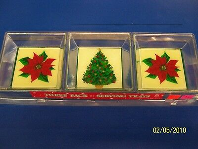 Poinsettia Winter Christmas Holiday Party 3 Pack Plastic Serving Snack Trays