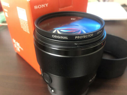 Sony FE 85mm f/1.8 Telephoto Lens for Sony E-mount Black SEL85F18